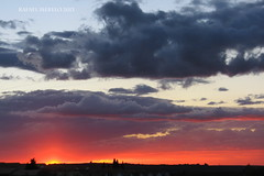 Atardecer de otoño (Guervós) Tags: atardecer tramonto sunset غروب ocaso ocàs eguzkisarrera सूर्यास्त 日落 sonnenuntergang coucherdesoleil pôrdosol úbeda ubeda jaén andalucía españa spain andalusia espagne spanien spagna 西班牙 espanya स्पेन ہسپانیہ espainia nubes núbols wolken clouds nuages hodeia 雲 سحاب nubole nuvens облака 云 pink rosa