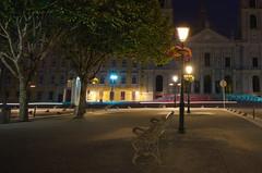 Banco de palcio (Gonzalo Ribas) Tags: palcio nacional de mafra convento noite banco jardim luzes national palace night lights nikon d5100 convent street bench ngc 1024mm
