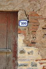 Oristano (mikael_on_flickr) Tags: oristano sardegna sardinia sardinien italy italia italien doorway door porta decay 1000 onehundred cento hundrede number numero wall mur muro wand bricks mattoni detail particolare