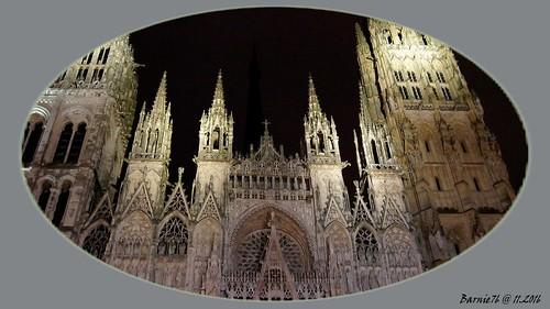 La Cathedrale  de Rouen de nuit ;