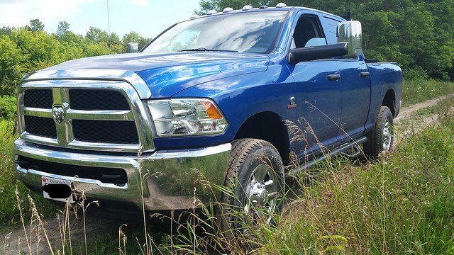 dodgeram2500cumminsdiesel4x4g56manualbluechrome