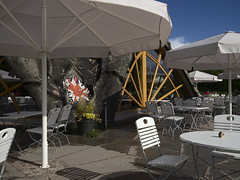britzer-garten_e-m10_1009203865 (Torben*) Tags: berlin restaurant cafe chairs terrace terrasse sunshade stuehle sonnenschirme britzergarten rawtherapee cafeamsee olympusomdem10 olympusm1442mmf3556ez