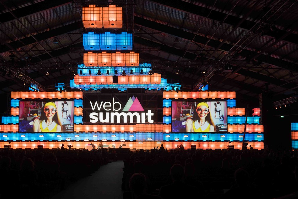THE WEB SUMMIT DAY TWO [ IMAGES AT RANDOM ]-109868