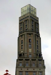 Top of Perret tower in Amiens (Sokleine) Tags: tour tower augusteperret perret 1954 immeuble building architecture amiens somme 80000 picardie picardy hautsdefrance france frenchheritage mn