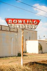 Bowling for Shreveport (Thomas Hawk) Tags: 32lanes america caddo caddoparish louisiana shreveport southgatebowlinglanes usa unitedstates unitedstatesofamerica bowling bowlingalley neon