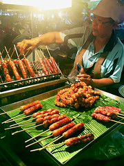 161001 Sausage Vendor (Fob) Tags: october 2016 travel trip asia thailand chiangmai   food people