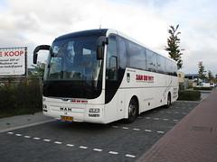 Jan de Wit bus 350 Diemen Zuid (Arthur-A) Tags: diemen jan wit nederland netherlands man bus bussen buses autobus