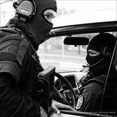 Rencontre Sécurité (stef974run) Tags: gign gipn fipn gendarmerie écureuil b2 ec145 airbus hélicoptère tireur observateur ghillie police policier gendarme fastrope balistique cagoule général préfet g36 hk417 protection vbrg 2èmerpima msa glock bommert