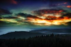 Explosion (Rainer Schund) Tags: explosion farbe color nikon natur nature natureexploring naturemasterclass nebel nebelmeer nikond4 experiment