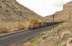 Loads over Soldier (GLC 392) Tags: helper martin ut utah port entry ge union pacific uncle pete up fall soldier summit coal loads train 2548 6395 ac44cw ac4400cw sp southern patch es44ach telephone pole tree mountain