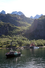 Tourist Boat in the Trollfjord, Norway (3) (Phil Masters) Tags: 21stjuly july2016 norwayholiday norway raftsund raftsundet thetrollfjord trollfjorden trollfjord shipsandboats