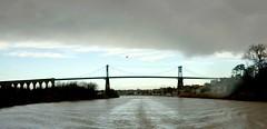 Pont suspendu de Tonnay-Charente #igerscharentemaritime #igersrochefort #nouvelleaquitaine #rochefortocean #tonnaycharente #nuage (Arnaud D) Tags: tonnaycharente nuage igersrochefort igerscharentemaritime nouvelleaquitaine rochefortocean