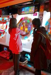 maimai @Sega building (Max Sat) Tags: akihabara arcade colorful colors femme fuji fujixe1 game girl jeu kawai maimai maxsat maxwellsaturnin night nightlights orange pink prettyinpink red rose rouge sega stocking tokyo women xe1 xf1855