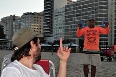 Linguagem dos Sinais (fabian.kron) Tags: martin copacabana rj rio riodejaneiro cerveja beer bier cerveza antarctica praia beach playa