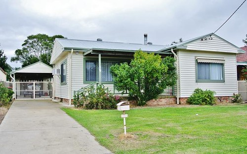 19 Cambridge Avenue, Raymond Terrace NSW 2324