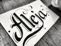 #ILoveCalligraphy #ink  #parrarelpen #marker #caligrafia #Calligraphy #blackorwhite #beroin (OscarInk25) Tags: ink marker calligraphy caligrafia blackorwhite beroin ilovecalligraphy parrarelpen