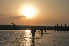 guado al tramonto (I l'aria) Tags: sunset summer mer river island tramonto mare estate corse fiume corsica guado couchdusoleil attraversare
