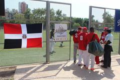 "Jornada del torneo de Softból dominicano en Valencia • <a style=""font-size:0.8em;"" href=""http://www.flickr.com/photos/137394602@N06/23395073056/"" target=""_blank"">View on Flickr</a>"