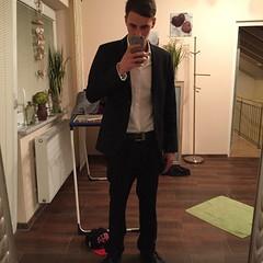Men in BLACK, Gentlemen for the Ladies (floblack669) Tags: smoking gentlemen anzug goodstuff hugoboss emporioarmaniwatch