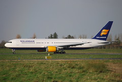 EI-UNC B767 319ER Icelandair (corrydave) Tags: shannon icelandair b767 b767300 29388 eiunc
