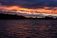 IMG_1659-1 (Andre56154) Tags: schweden sweden sverige schren archipelago wasser water ufer kste coast sonne sun himmel sky cloud wolke afterglow abendrot abend evening sunset sonnenuntergang