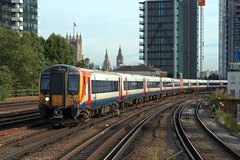 444020 (40011 MAURETANIA) Tags: vauxhall southwesttrains southwest swt blue red class 450 455 456 444 458 159 waterloo train unit emu electricmultipleunit parliament housesofparliament