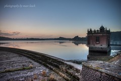 Swithland reservior sunrise (marc_leach) Tags: landscape lake reservior swithland leicestershire pumptower sunrise dawn canon sigma