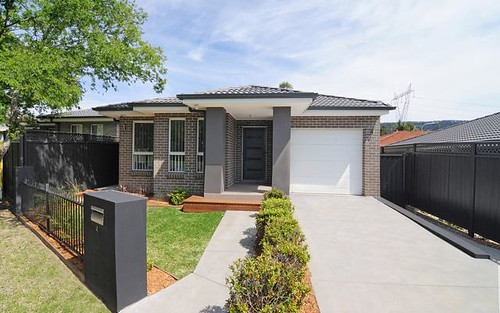4 Highcroft Blvd, Horsley NSW 2530