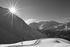 A sunny white day. (clicheforu) Tags: clicheforu asunnywhiteday lachaux verbier valais wallis suisse switzerland alpes snow winter sun landscape mountains bw nb blacwhite