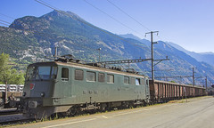 Swiss Electric Locomotive AE 6/6 11513 19072010 (Waddo's World of Railways) Tags: swiss sbb switzerland electric overheads rail railway loco locomotive wagons electricloco electriclocomotive freighttrain overheadwires swissrailways freight train 11513 mountains sun sky summer boxwagons ae 66 ae66