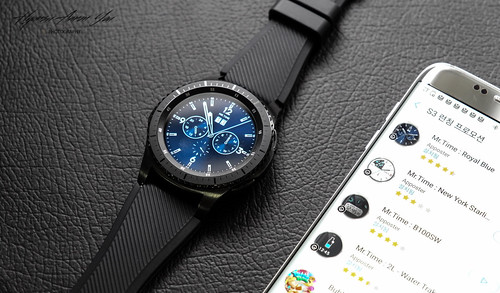lgv20 s3 gears3 s3frontier gears3frontier samsunggear... (Photo: TheBetterDay on Flickr)