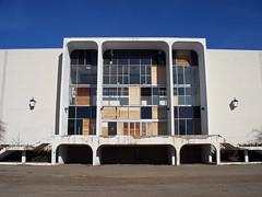 OH Canton - Mellett Mall (scottamus) Tags: canton ohio starkcounty abandoned building mellettmall kaufmanns macys oneils