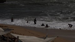 Badefreuden Ende Oktober 2016 an der Praia Arrifes bei Albufeira (fotoculus) Tags: portugal algarve algarvereise1210bis2112016 albufeira praiaarrifes strand wellen brandung badefreuden meer atlantik