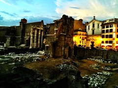 #foriimperiali #rome #roma #italia #italy #night #massimopisani (massimopisani1972) Tags: instagramapp square squareformat iphoneography uploaded:by=instagram instagram camera cameraphone iphone massimopisani foriimperiali rome roma italia italy night