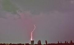Blitzeinschlag Lightning Strike (rieblinga) Tags: haus blitz gewitter einschlag
