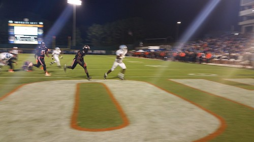 """Hoover vs Spain Park 10/1/15 • <a style=""""font-size:0.8em;"""" href=""""http://www.flickr.com/photos/134567481@N04/21887196521/"""" target=""""_blank"""">View on Flickr</a>"""