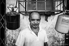 Street Portrait (Robber34) Tags: bw monochrome arabic sw schwarzweiss weiss schwarz bnw doha qatar katar