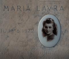 Maria Laura, born 1922 (Robert Barone) Tags: cemetery graves verano tombs cimitero sanlorenzofuorilemura olympusm1442mmf3556iir olympusep5