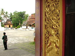 Royal Funeral Chapel, Wat Xeing Tong, Luang Prabang, Laos (Boonlong1) Tags: art architecture worship asia religion culture buddhism oldbuildings sacred laos luangprabang arthistory laotian placeofworship houseofworship
