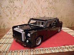 Rolls Royce Phantom version 2 (karim.recon) Tags: red black car carpet lego rolls phantom royce