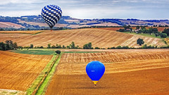 MONTGOLFIERE campagne de FRANCE (CLAUDE ROUGERIE) Tags: gers campagne montgolfire
