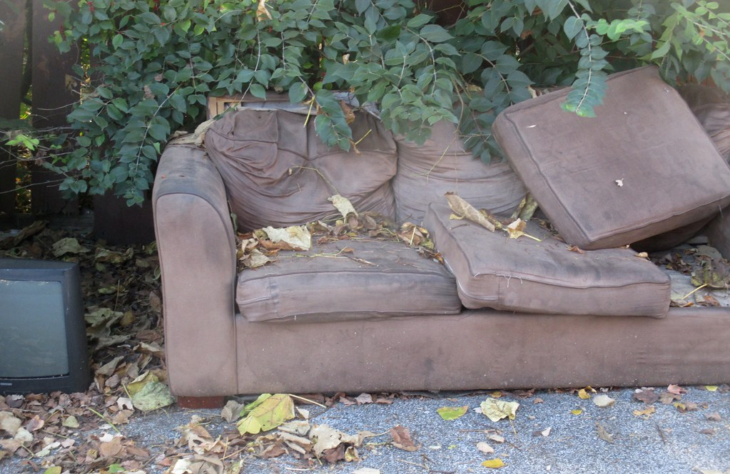 The World 39 S Best Photos Of Abandoned And Sofa Flickr