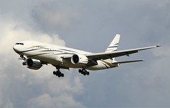 Mid East Jet. N777AS. Boeing 777-24Q. (Themarcogoon49) Tags: boeing b777 bizjet gva airport cointrin lsgg landing switzerland avgeek
