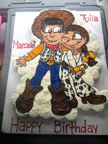 381-polkatots cupcake cakes