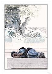 Un alto en la vida (V- strom) Tags: gente texturas portugal personas nikon nikon2470 luz viaje vida lisboa