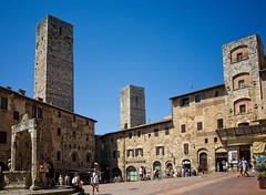 San Gimignano (akabolla) Tags: ricohgr sangimignano toscana torri medievale