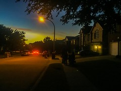 (photo.po) Tags: sunset iphone6 iphone halloween mood car availablelight street streetlamp streetphotography night nightphotography
