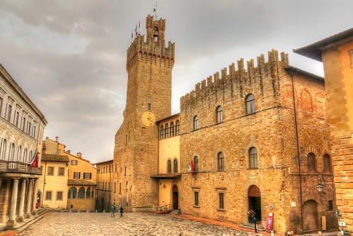 Arezzo - Palazzo Comunale / The Communale Palace