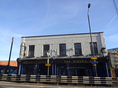 Widows Son, Bow, London E3 (Kake .) Tags: london pub bow e3