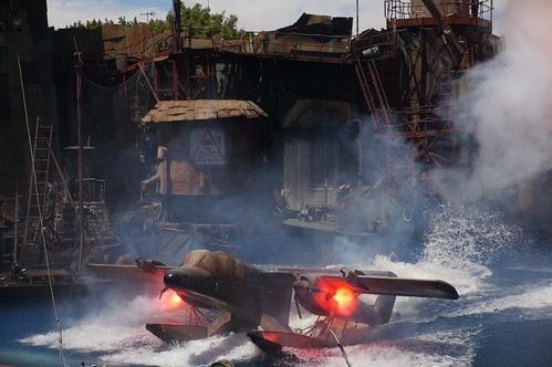 "Waterworld: A Live Sea War Spectacular • <a style=""font-size:0.8em;"" href=""http://www.flickr.com/photos/28558260@N04/20497396546/"" target=""_blank"">View on Flickr</a>"